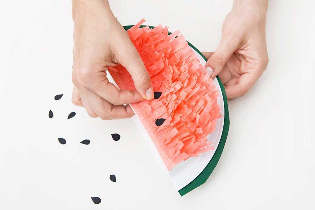 Przygotuj mini piniaty wkształcie arbuzów