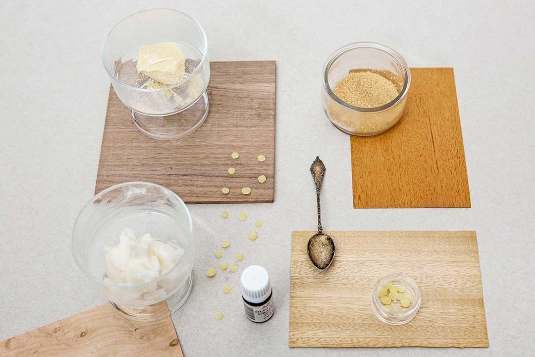Przygotuj cukrowy peeling doust