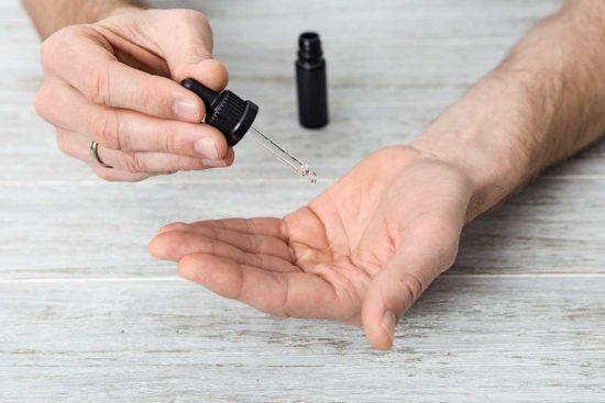 Przygotuj pielęgnacyjny olejek do brody