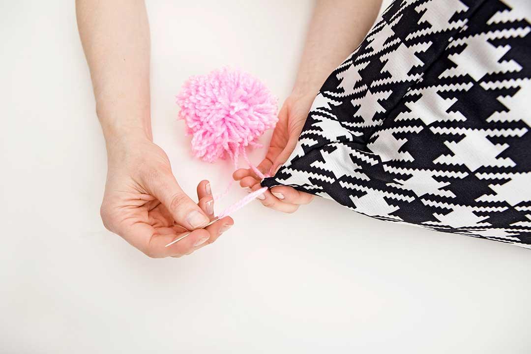 Uszyj poduszkę wkształcie stożka
