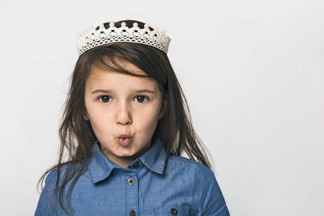 Zrób koronę z bawełnianej koronki