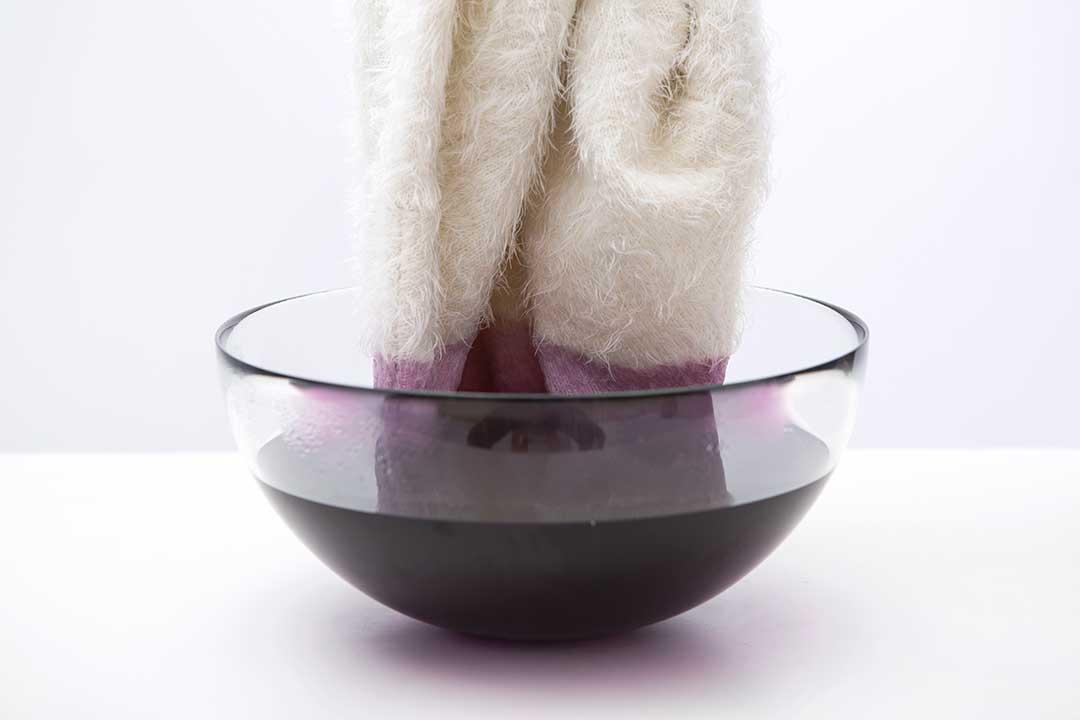 Żyj pięknie - Ozdób sweter zefektem ombre