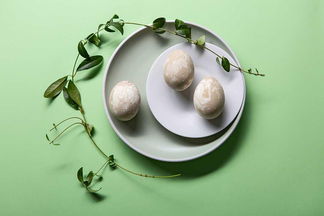 Żyj pięknie - Umaluj jajka wszpinaku