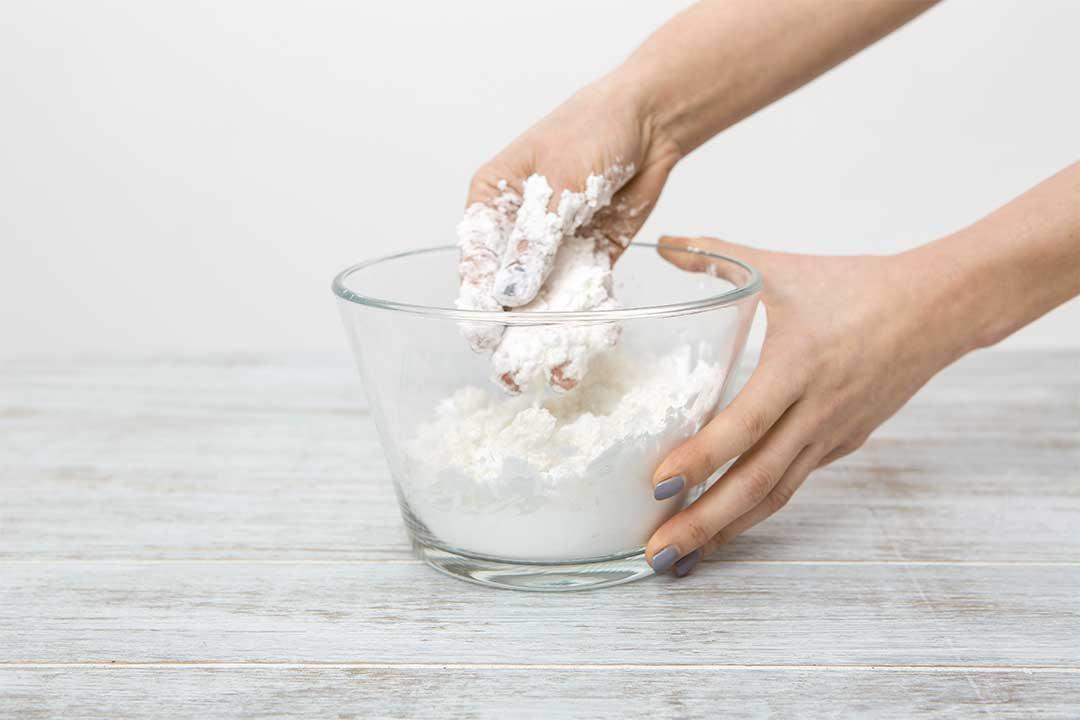 Żyj pięknie - Zrób pachnącą ciastolinę zmąki imydła