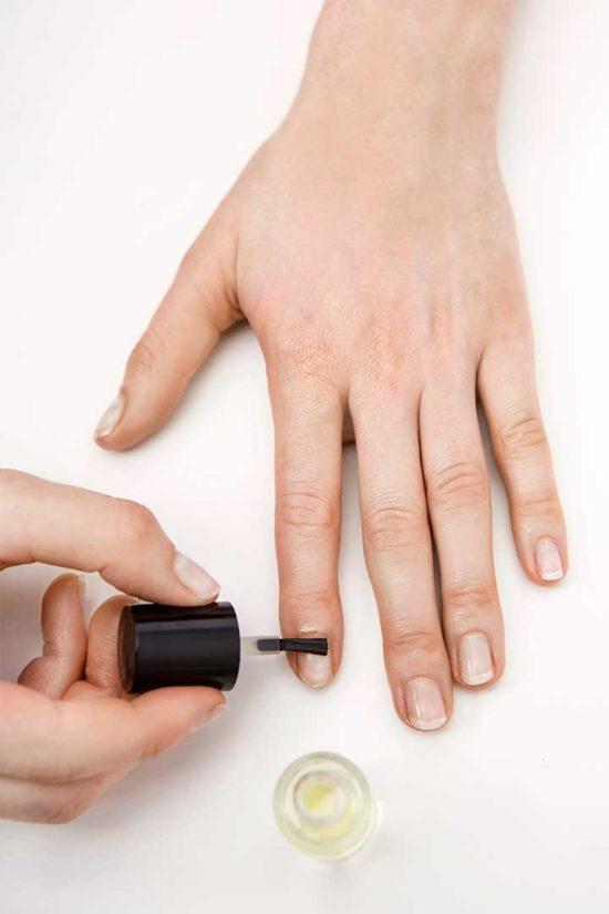 Żyj pięknie - Zrób domową odżywkę do paznokci