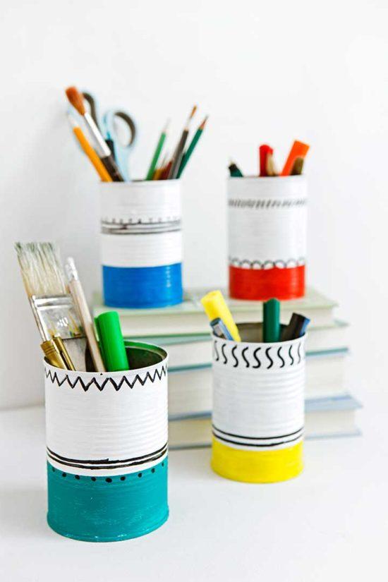 Żyj pięknie - Zrób organizer na biurko z puszek