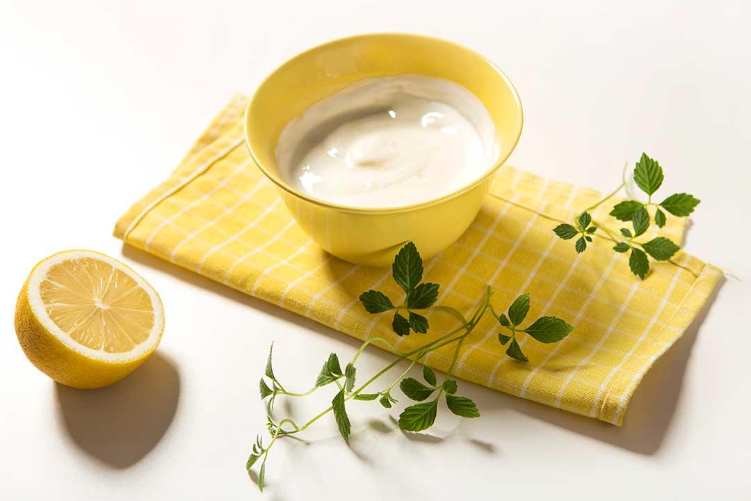 Żyj pięknie - Przygotuj maseczkę zjogurtu