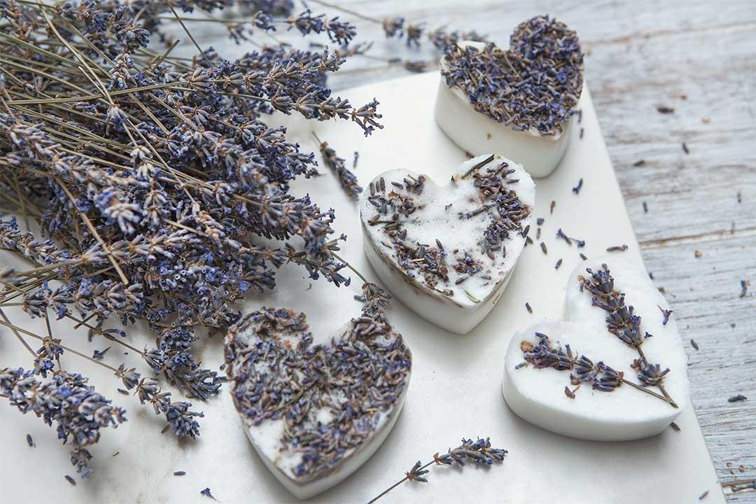 Żyj pięknie - Mydło zresztek mydeł isuszonych kwiatów