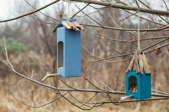 Żyj pięknie - Karmnik dla ptaków z kartonów po napojach