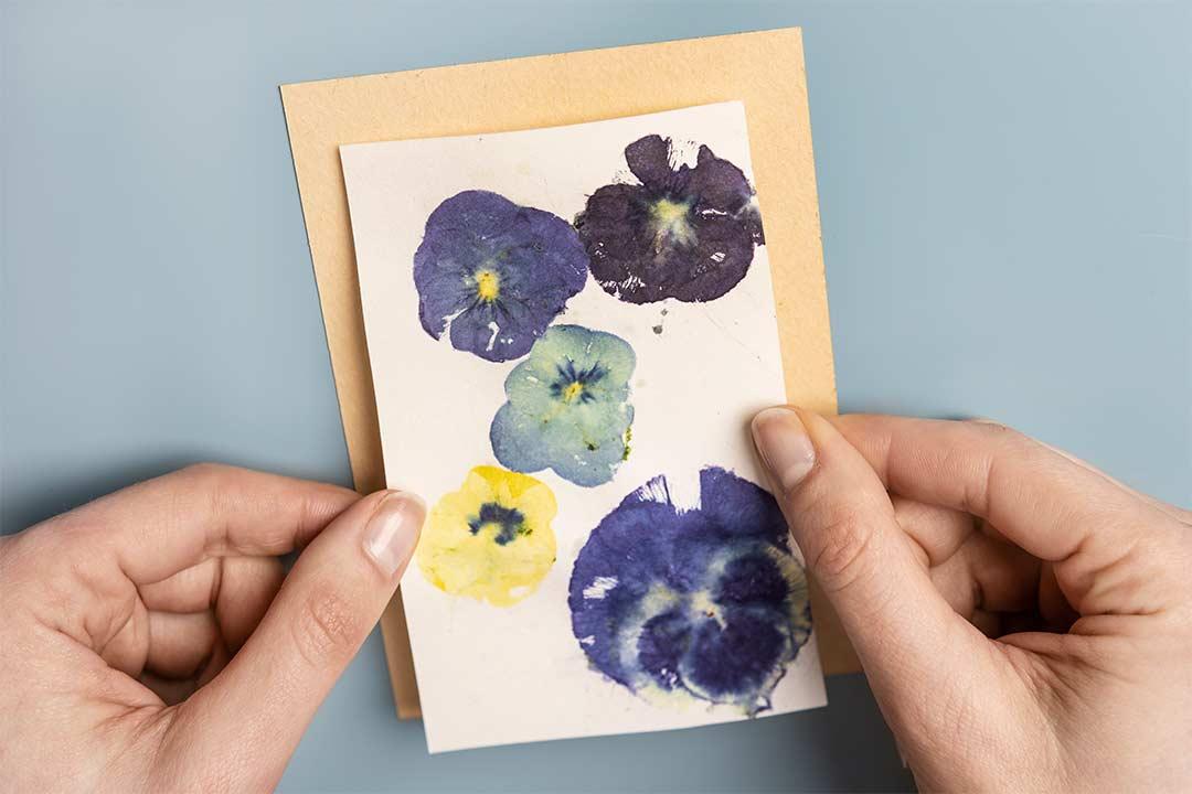Żyj pięknie - Eco print znaturalnych kwiatów